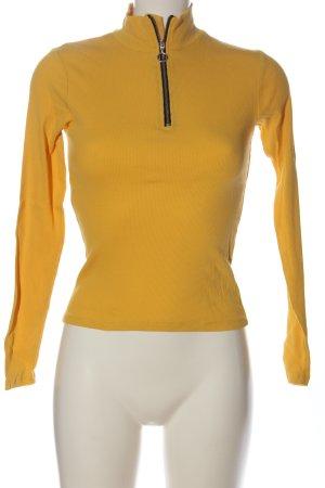 FB Sister Jersey marinero amarillo pálido look casual
