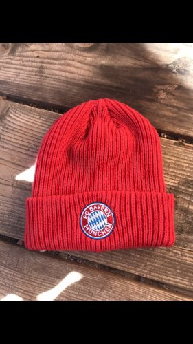 Crochet Cap red