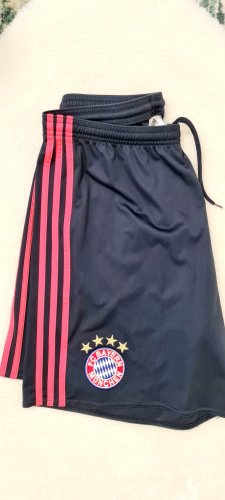 FcBayern/ Shorts / Dunkelblau/ Marineblau / Neonrosa Streifen / Größe L