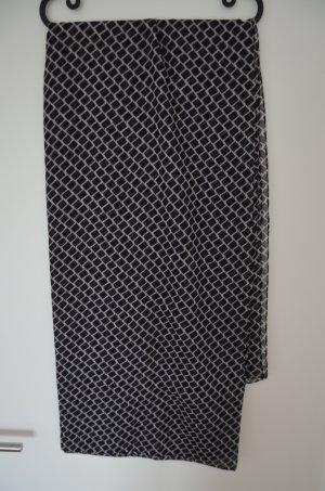 Feiner Schal von Hallhuber, 160x160cm, neuwertig