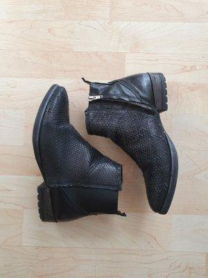 felimini Boots Stiefel Stiefeletten Booties Ankle schwarz flach spitz krokodil