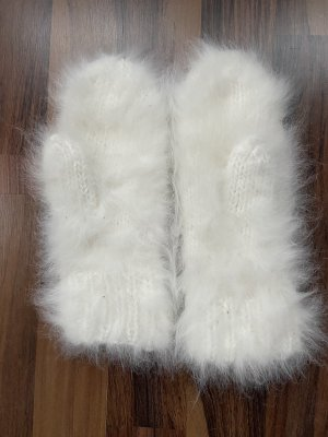 Fur Gloves white