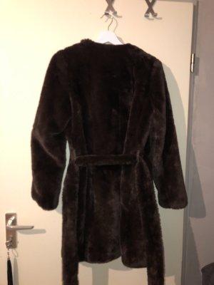 Giacca in eco pelliccia marrone-nero