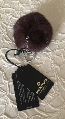 Milestone Key Chain brown red pelt