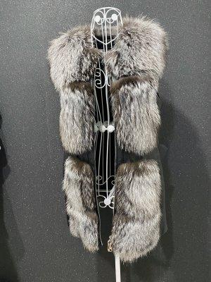 aus Italy Fur vest multicolored