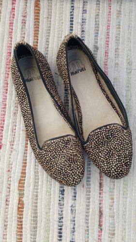 Fellballerinas/Loafer mit Tüpfeln von Maruti