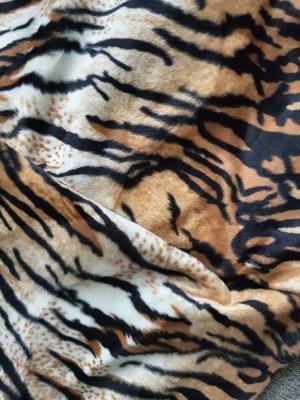 Fellimitat Sumatra Tiger