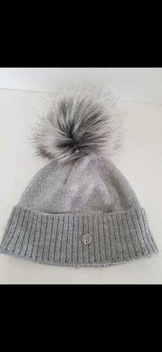Cappello in pelliccia argento