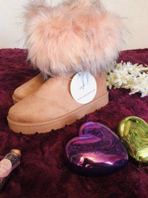 SassyClassy Futrzane buty w kolorze różowego złota
