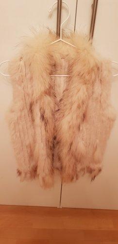 100 Vest van imitatiebont licht beige