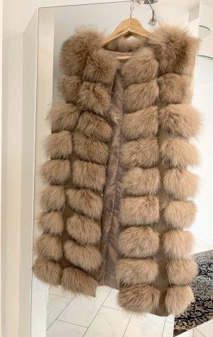 Chaleco de piel marrón grisáceo-taupe Pelaje