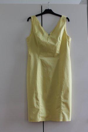 Apanage Sukienka etui bladożółty-żółty
