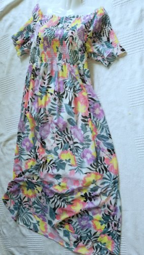 Feminines Kleid mit Carmen-Ausschnitt