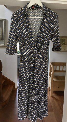 Feminines Kleid von Sinequanone