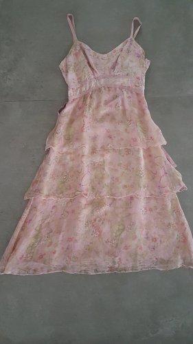 Feminines rosé-florales Seidenkleid