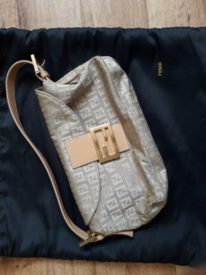Fendi Handbag cream