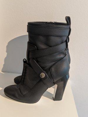 "Fendi Couture Runway ""Diana"" Lederstiefelette- Groesse 38"