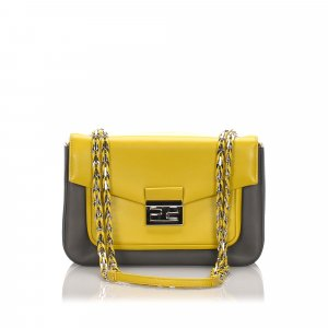 Fendi Leather Be Baguette Shoulder Bag