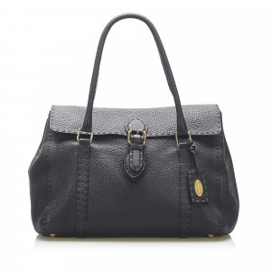 Fendi Selleria Linda Leather Shoulder Bag