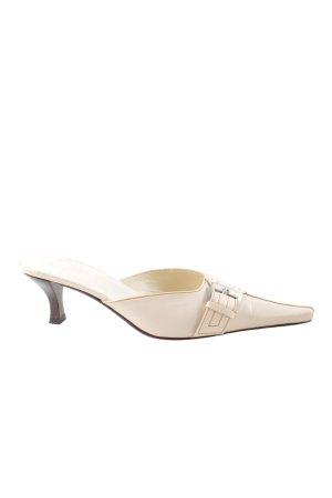 Ferri Italia Klapki na obcasie w kolorze białej wełny Ekstrawagancki styl