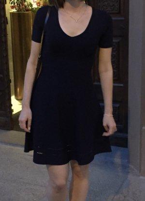 Massimo Dutti Vestido línea A azul oscuro Viscosa
