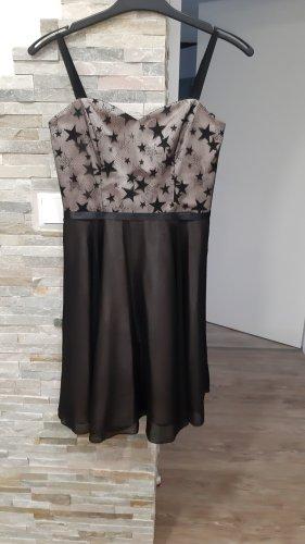 Festliches Kleid von Weise