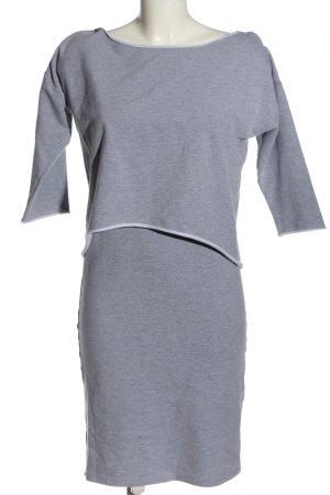 Figl Vestido de tela de sudadera gris claro moteado look casual