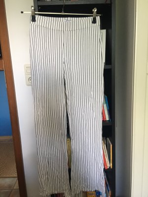 GinaTricot Pantalon pattes d'éléphant noir-blanc