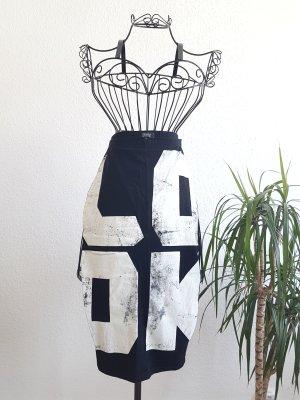 Bershka Spódnica midi biały-czarny