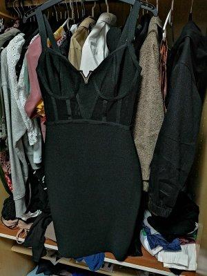 Figurbetontes Kleid ADAC