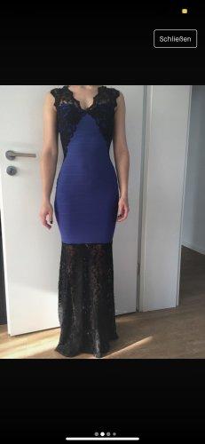 Figurbetontes Kleid blau Spitze