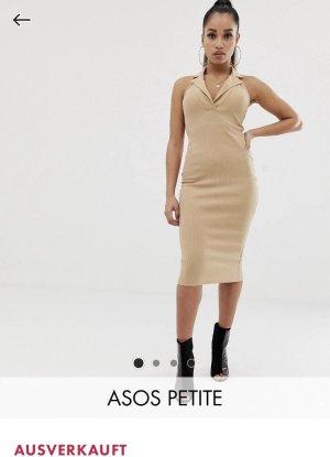 Figurbetontes Kleid mit Kragen