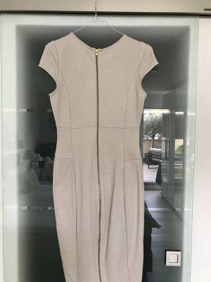 Figurbetontes Kleid mit Wow-Faktor