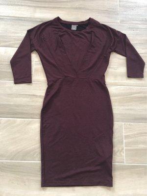 figurbetontes Kleid von ICHI