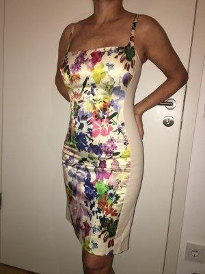 Figurbetontes Kleid von Miss Sixty