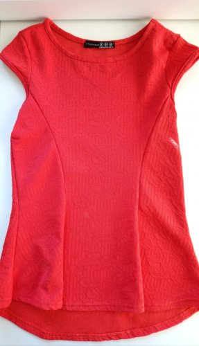 Top peplum rojo