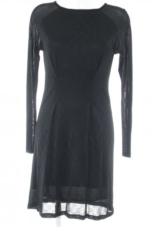 Filippa K Langarmkleid schwarz grafisches Muster Party-Look