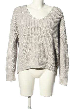 Filippa K V-Ausschnitt-Pullover hellgrau Zopfmuster Casual-Look