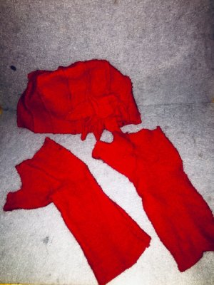 Filz-Winterset Mütze mit Handschuhen