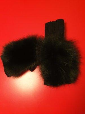 Fingerlose Handschuhe mit Echtfell