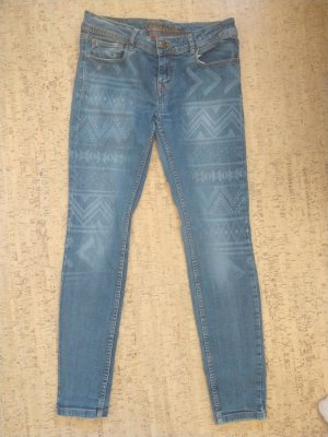 Fishbone Jeans mit Muster in Gr. 31