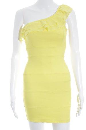Fishbone One-Shoulder-Kleid gelb Street-Fashion-Look