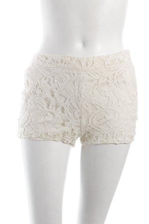 Fishbone Shorts creme Spitzenbesatz