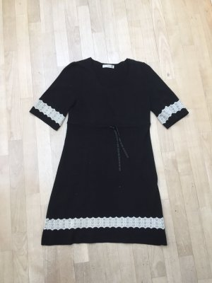 Fisherman Woolen Dress white-black