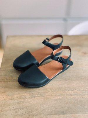 Fitflop Sandalias cómodas negro-coñac Cuero