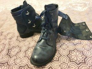 Flache Boots