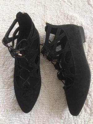 Flache knöchelhohe Schuhe / schwarz / Gr. 39 / NEU
