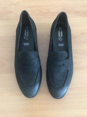 Flache Schuhe aus Echtleder