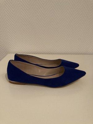 Flache Schuhe in blau