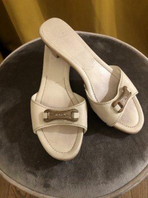 Flache Schuhe, Pantoletten von Prada